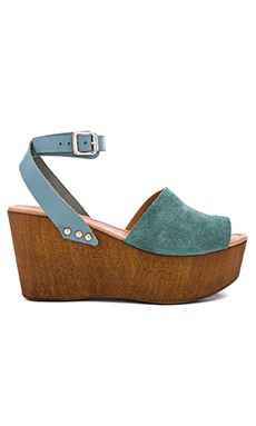 Seychelles Forward Wedge in Seafoam