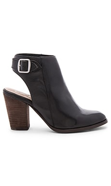 Seychelles Caravan Booties in Black Leather