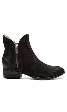 Seychelles Lucky Penny Booties in Black Nubuck