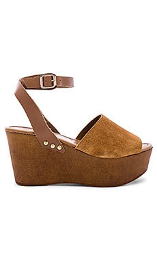 Forward Wedge Seychelles $100 NEW ARRIVAL
