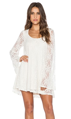 Show Me Your Mumu Fannie Flow Dress in Flower Chain Lace Cream