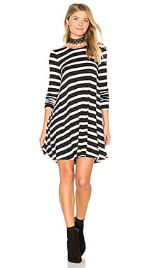 Tyler Tunic Dress en Sausalito Stripe Black