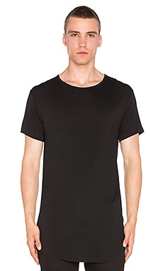 Superism Jona Tee in Black
