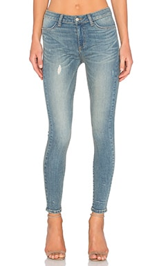 Lynette Mid Rise Signature Skinny in Shot of Love