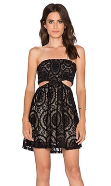 sky Itan De Hui Mini Dress in Black