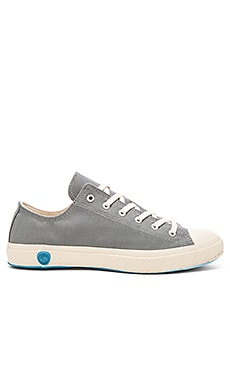 Shoes Like Pottery Low Top Canvas in Gray