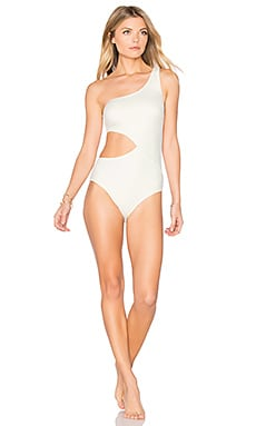 The Claudia One Piece