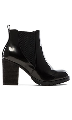 Steve Madden Lyonn Bootie in Black Box