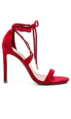 Steve Madden Presidnt Heel in Red Suede