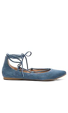 Steve Madden Eleanorr Ballet Flat in Blue