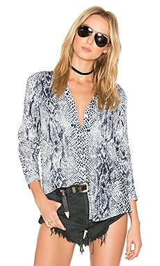 Dane Blouse in Porcelain & Dark Navy