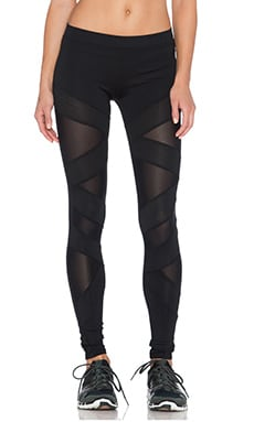 SOLOW Box Eclon Cutout Legging in Black