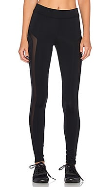 SOLOW Breakaway Legging in Black