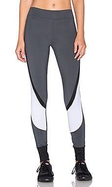 SOLOW Sport Mesh Black Legging in Carbon