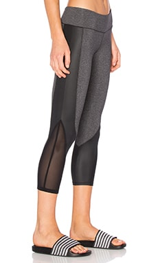 Concave Capri Legging in Charcoal & Black