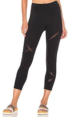Racebreak Capri Legging in Black