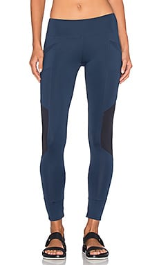 Xeno Legging in Navy
