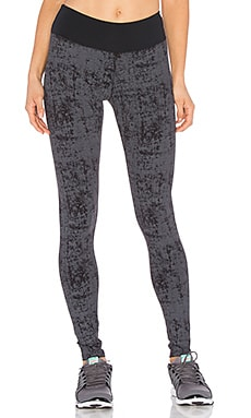 SOLOW Embossed Legging in Black