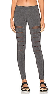 Incise Legging in Charcoal