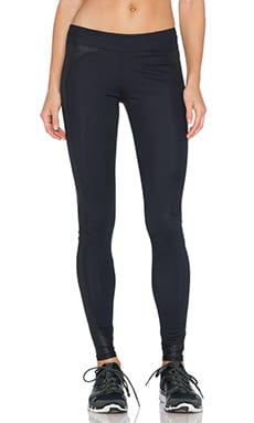 SOLOW Side Panel Legging in Black