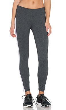 SOLOW Eclon Ankle Crop Legging in Grey & White