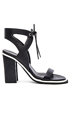 Dolly Heel in Black