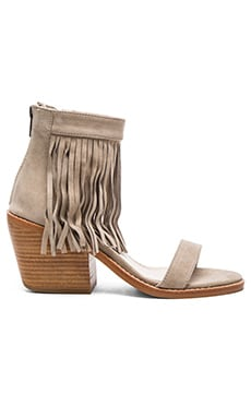 Tobi Heel in Taupe Suede