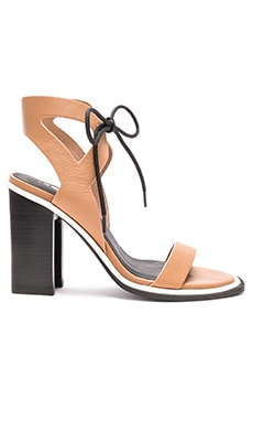 Dolly Heel in Tan