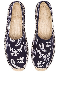 Soludos x WREN Batik Leaves Espadrille in Blue & White