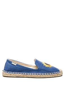 Embroidered Smoking Slipper in Ultramarine
