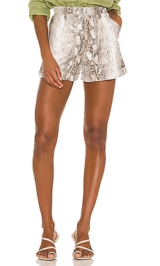 Amora Shorts Song of Style $188