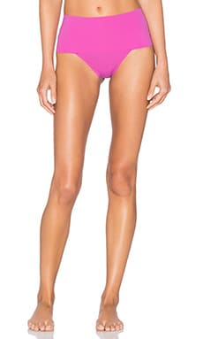 Undie-tectable Thong in Begonia Pink