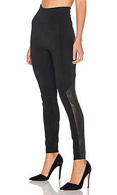 Perforated Panel Legging in Very Black