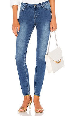 Ireland Low Rise Jean superdown $26 (FINAL SALE)