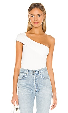 TOP UN HOMBRO FREDA superdown $39