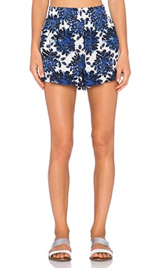 Splendid Mediterranean Blossom Short in Royal