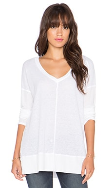 Splendid Heathered Thermal V Neck Sweater in White