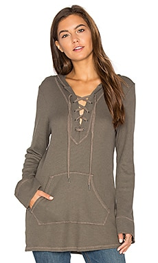 Thermal Lace Up Hoodie en Military Olive