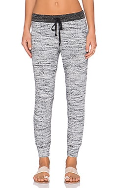 Splendid Brushed Tri-Blend Sweatpant in Heather Grey