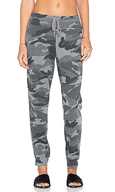 Splendid Woodbury Camo Jogger Pant in Vintage Olive Branch
