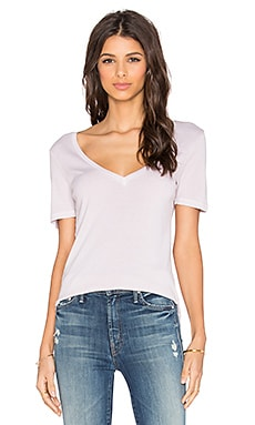 Splendid 1x1 V-Neck Tee in White Sand