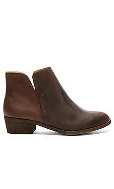Hamptyn Bootie in Coffee