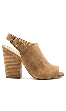 Kelli Heels in Dark Tan