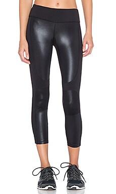 Splits59 Matrix Noir Performance Capri Pant in Black & Wet Black