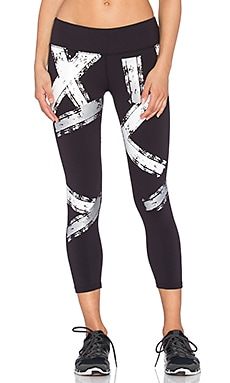 Splits59 Nova Alloy Performance Capri in Black & Silver & White