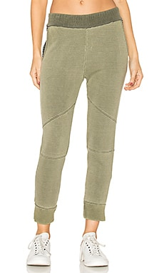 Fleece Joggers in Fern