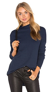Solid Turtleneck Thermal in Navy