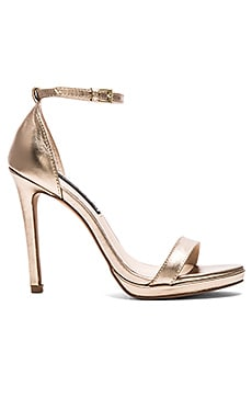 Steven Rykie Heel in Gold