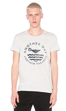 Scotch & Soda Shortsleeve Tee with Monochrome Artwork in Mineral Melange