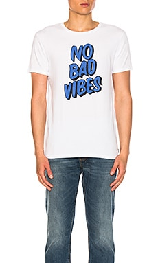 No Bad Vibes Tee